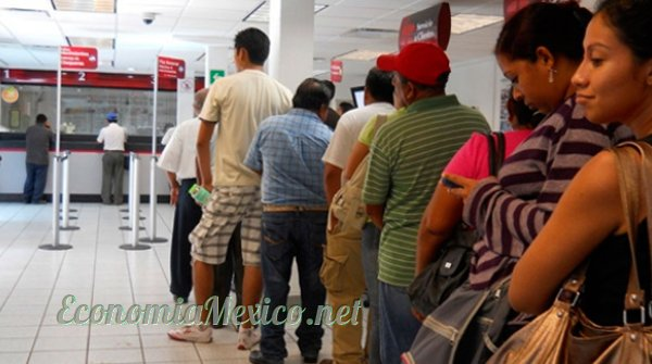 personas fila banco
